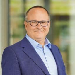 Ernesto Schmutter - MRM Distribution
